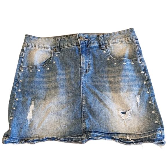 JUSTICE 18 Distressed Studded Skirt Raw Edge Skort